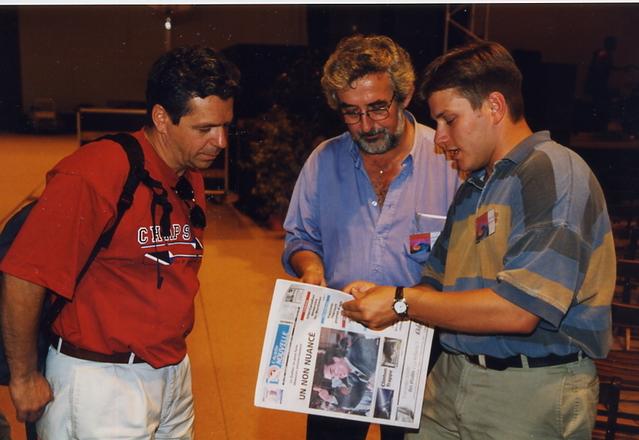Capbreton 1998 : en compagnie de René Légère, alors directeur de la Société Nationale de l'Acadie et Janic Godin, du groupe Trans-Acadie