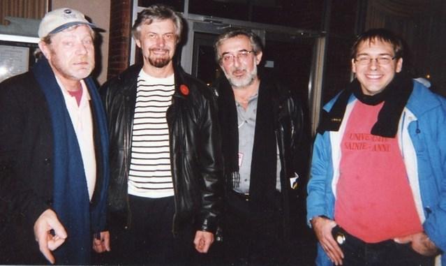 Moncton, FrancoFête 2000 : avec Patrick Verbeke et Gerry Boudreau - deux pilliers des premières Nuits Acadiennes à Paris -  et Patrice Boulliane, du groupe Blou