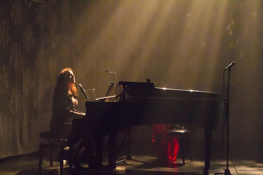 Dominica Merola au piano en juin2015 2